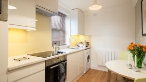 flat-2-67-kitchen-800x450