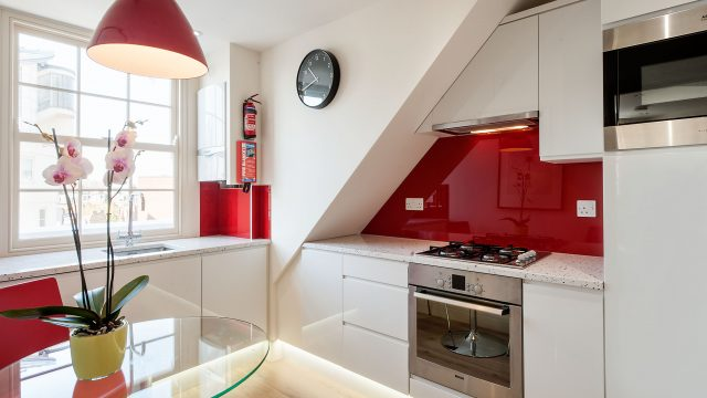 Standard One Bed Kitchen