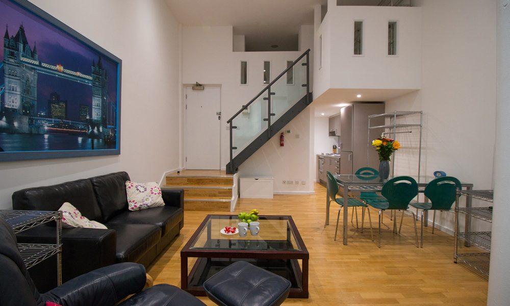 St Pauls – Studio Serviced Apartment – Mezzanine