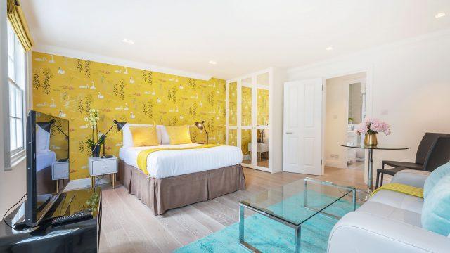 Marylebone serviced studio living room bedroom