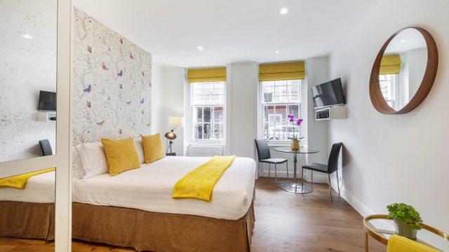 Marylebone serviced studio bedroom living room