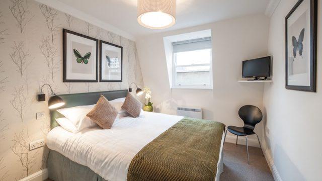 Flat 1, 67 Bedroom