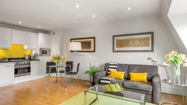 Flat 10, 41 Livingroom 14