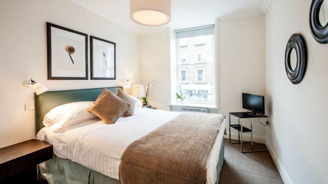 Flat 4, 67 Bedroom